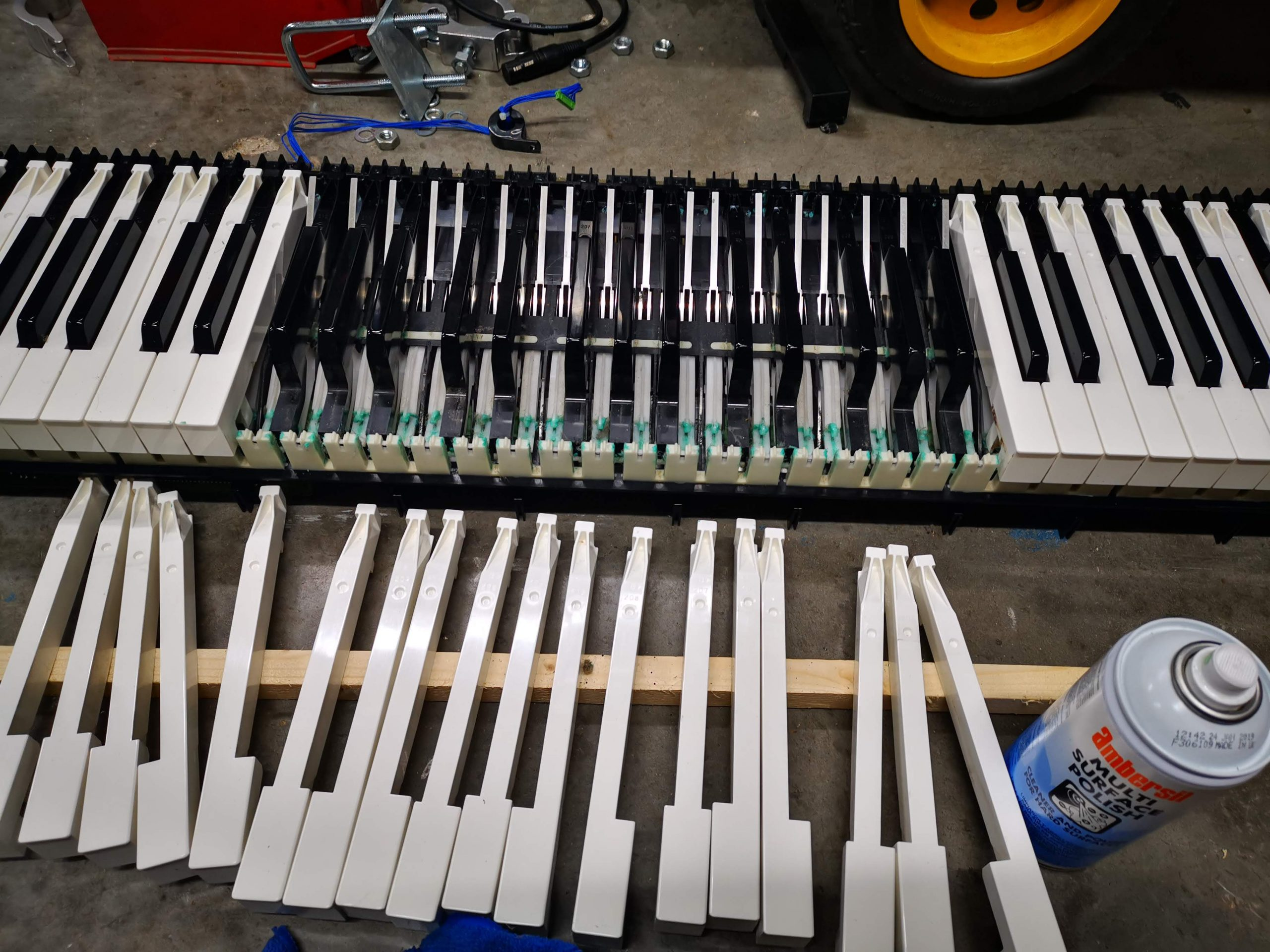 Keys removed in a Yamaha Electric Piano being repaired