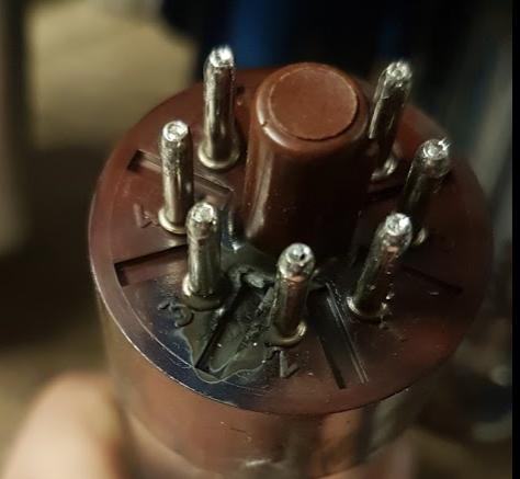 Burnt marks on valve base pins
