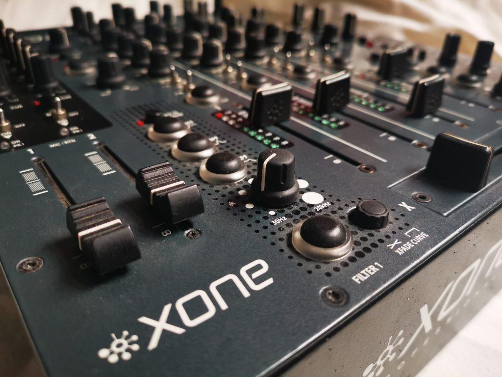 Allen & heath xone mixer repair